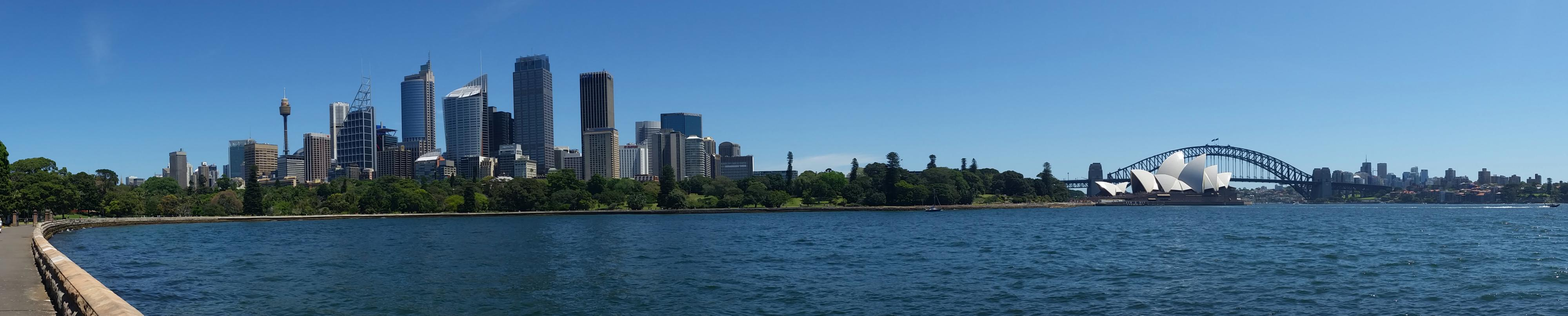 Stunning view of Sydney from Mrs Macquarie's Chair lookout